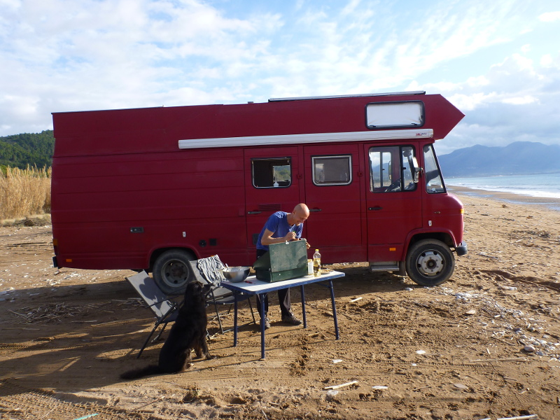 Outdoorküche Camping Car : Campster bluehdi eat camping car caravane à moteur